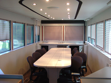 mobile-command-center-conference-room
